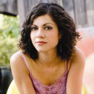 Carrie Rodriguez pictures