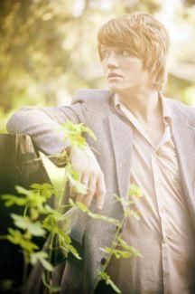 Aaron Gillespie pictures