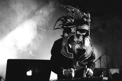 Totally Enormous Extinct Dinosaurs pictures