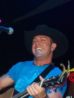 Aaron Pritchett pictures
