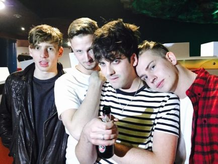 Circa Waves pictures