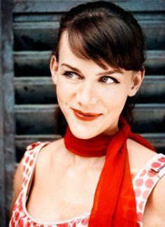 Anna Depenbusch pictures