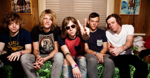 Cage the Elephant pictures
