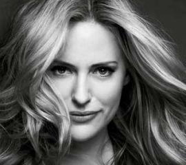 Aimee Mullins Speaker Bio