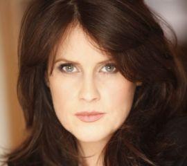 Lisa Oz Speaker Bio