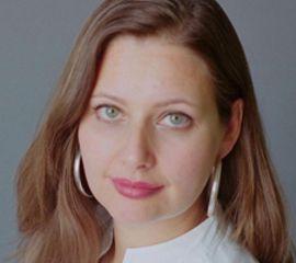 Carolina De Robertis Speaker Bio