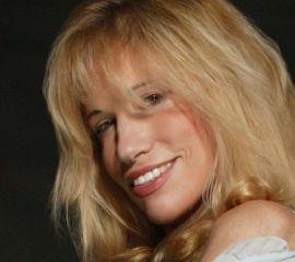 Carly Simon Speaker Bio