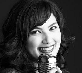 Roxy Azari Speaker Bio