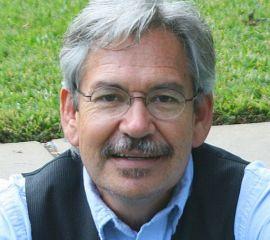 Benjamín Alire Sáenz Speaker Bio