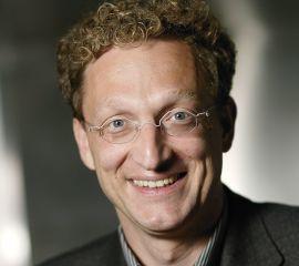 Andreas Weigend Speaker Bio