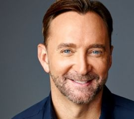 Clinton Kelly Speaker Bio