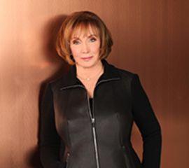 Julie Garwood Speaker Bio