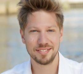 Florian Hoffmann Speaker Bio