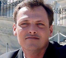Jonathan Godfrey Speaker Bio