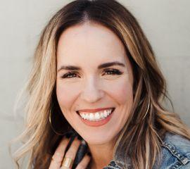 Rachel Hollis Speaker Bio
