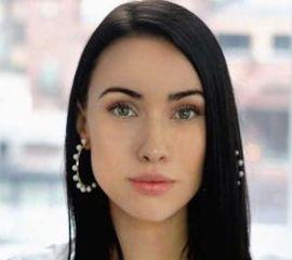 Danielle Guizio Speaker Bio