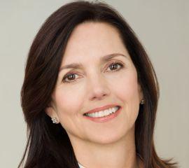 Beth Comstock Speaker Bio