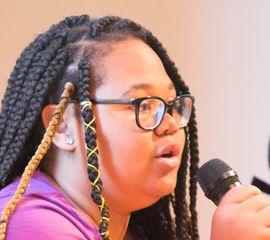 Rie'Onna Holmon Speaker Bio