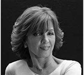 Nora Roberts Speaker Bio