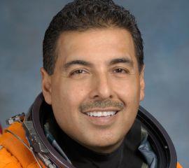 Jose M. Hernandez Speaker Bio