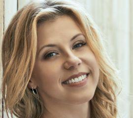Jodie Sweetin Speaker Bio