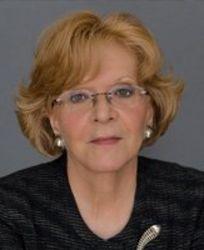 Julia Stasch