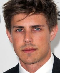 Chris Lowell (actor)