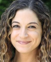 Lauryn Kahn