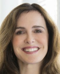 Ana Pinczuk