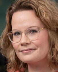 Sara-Jane Dunn