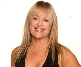 Biography of Mari Winsor for Appearances, Speaking Engagements