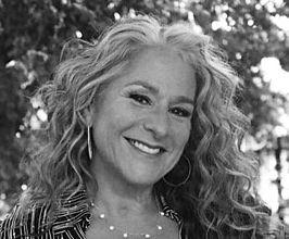 Marta Kauffman Speaker Agent