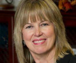 Teresa Vanhooser Speaker Agent
