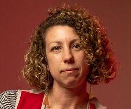 Alicia Eggert Speaker Agent