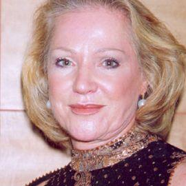 Doris Pooser Headshot