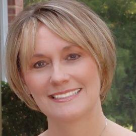 Patricia Hickman Headshot