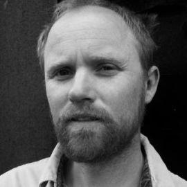 Mark Sundeen Headshot