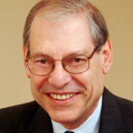 Robert Dallek Headshot