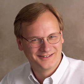 Glenn Gutek Headshot