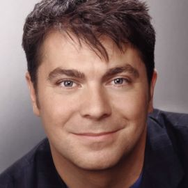 Matthew Kelly Headshot