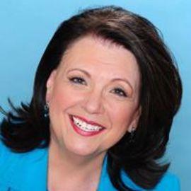 Kathleen Lenover Headshot