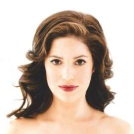 Ana Ortiz Headshot