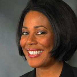 Sandra Pinckney Headshot