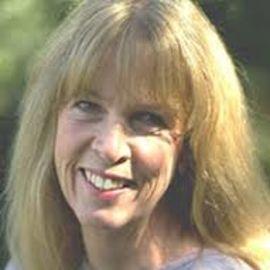 Janet Quinn Headshot