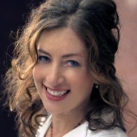 Annabelle Gurwitch Headshot