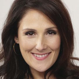 Ricki Lake Headshot