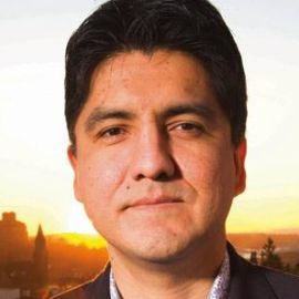 Sherman Alexie Headshot