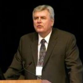 Dr. Steven Howe Headshot
