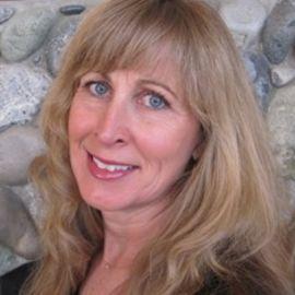 Donna Novitsky Headshot