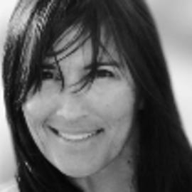 Victoria Koloff Headshot